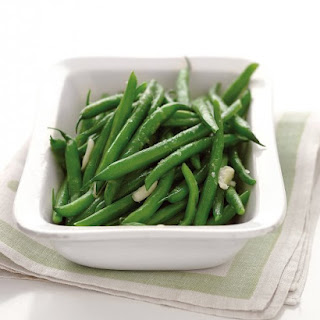 Microwave-Steamed Garlic Green Beans