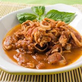 Calamari in Red Wine and Tomato Sauce Recipe