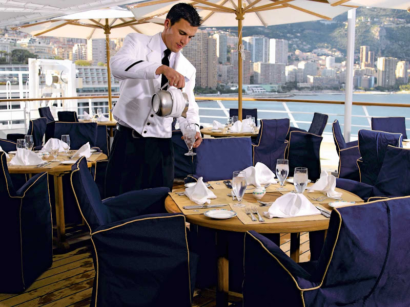 Al fesco in style: Take in the view and the ocean breeze during a casual lunch on the deck of Oceania Insignia's Terrace Café.