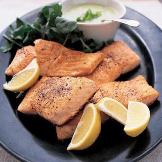 Seared Salmon with Creamy Leek Sauce