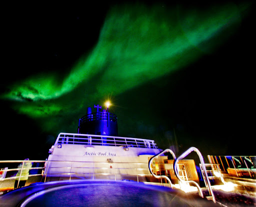 hurtigruten-northern-lights-7 - A display of the Northern Lights seen during a Hurtigruten sailing.
