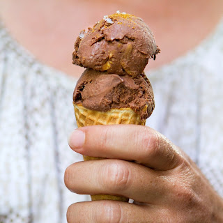 Mexican Chocolate and Almond Ice Cream