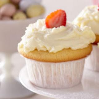 Essential Vanilla Cupcakes