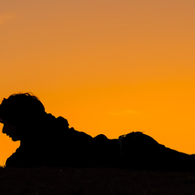 You are my best friend by Eladio Gomes - Landscapes Sunsets & Sunrises ( silhouette, sunset, shape, dog, profile )