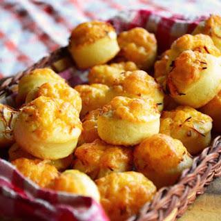 Sajtos Pogácsa - Hungarian Cheese Puffs.