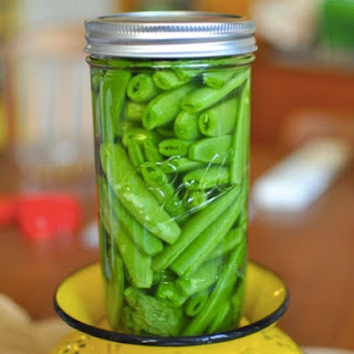 Quick Pickled Sugarsnap Peas
