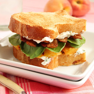 "Bacon ""Lettuce"" and Peach Sandwich with Basil Mayo"