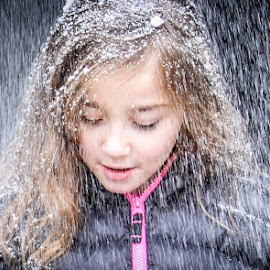 Bree getting snowed on. by Scott Opp - Novices Only Portraits & People ( snow, child portrait,  )