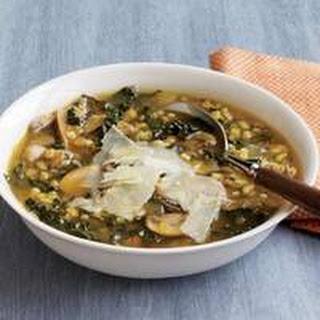 Mushroom-and-Kale Barley Soup