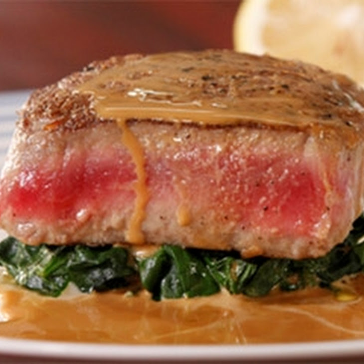 Seared Tuna With Soy And Cream Sauce