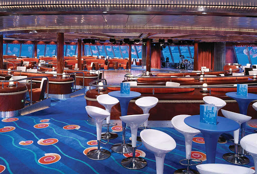 Norwegian-Jewel-Spinnaker-Lounge - A modern spot for drinking and dancing, Norwegian Jewel's Spinnaker Lounge also has great ocean views.