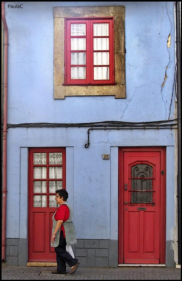 Red by Paula Cochofel - City,  Street & Park  Street Scenes