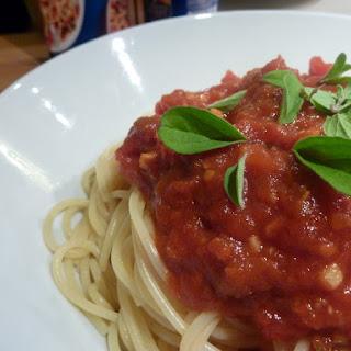Tomato and Chili Spaghetti Pasta.