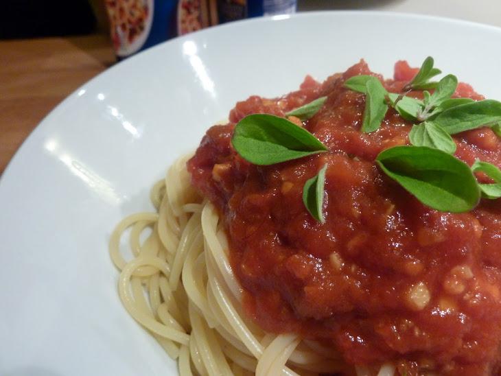 Tomato and Chili Spaghetti Pasta