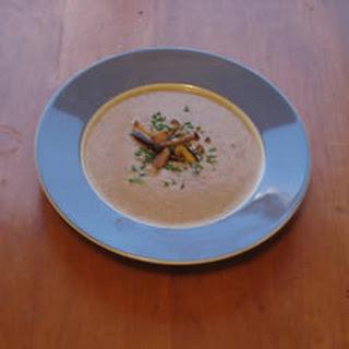 Creamy Mushroom Quinoa Soup Recipe