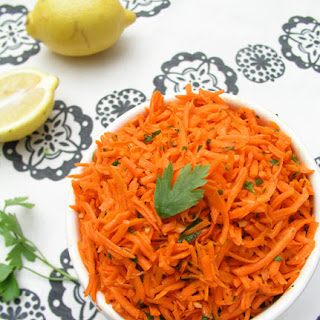 MOROCCAN RAW CARROT SALAD.