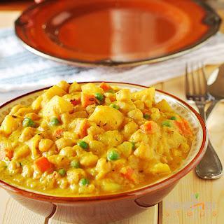 Spicy Vegan Potato Curry.