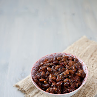 Slow Cooker Maple Bacon Beer Baked Beans.