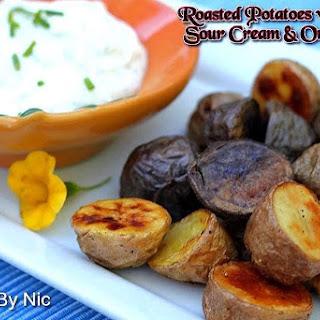 Roasted Potatoes With Yogurt-Sour Cream & Onion Dip