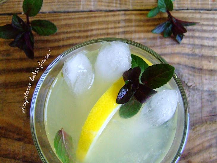 Ginger and Mint Lemonade