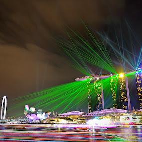 The laser show by Barry Allan - City,  Street & Park  Night ( mbs, marina bay sands, laser, singapore, marina bay )
