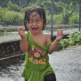 Catching The Rain by Shafiq Azli - Babies & Children Children Candids ( water, perlis, husna, niece, rain )