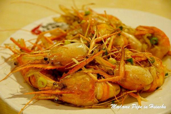 [新竹] 黃金海岸本部活蝦之家。做過SPA的泰國蝦~