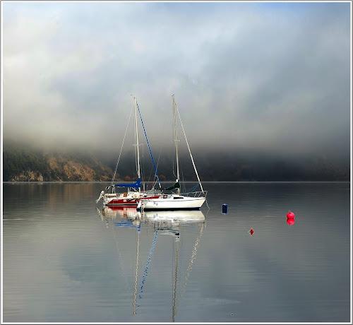 Veleritos by Daniel Sapag - Transportation Boats ( lago, agua, veleros, neuquen, paisaje, cordillera, montaña )