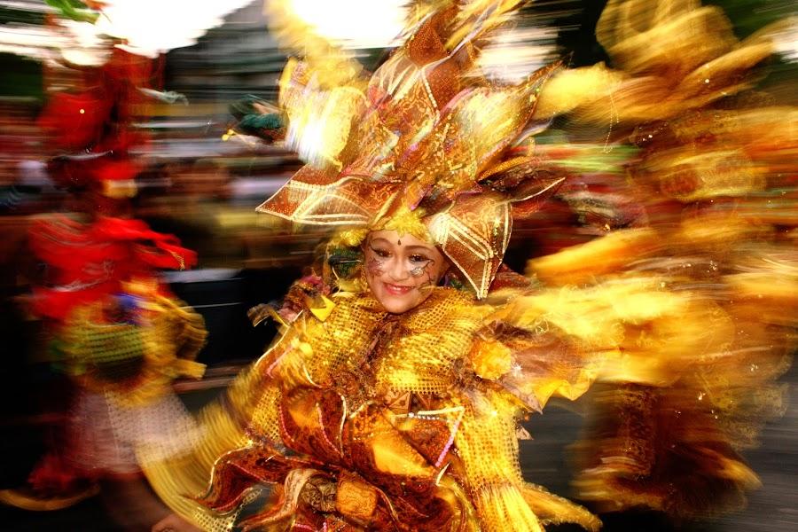 Beauty Solo Batik Carnival by Satrio Negoro - People Street & Candids (  )