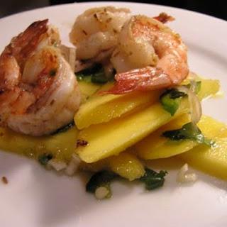 Grilled Shrimp and Mango Salad