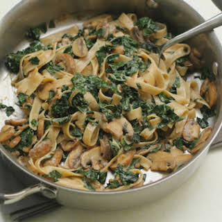 Gluten Free Pasta with Mushrooms and Kale Recipe (vegetarian).