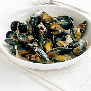 Mussels Steamed with Cider & Bacon Recipe