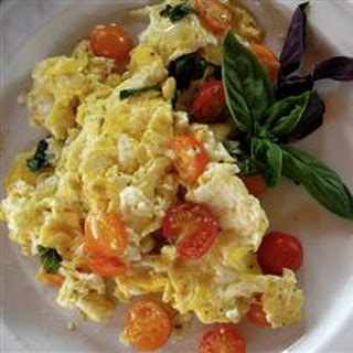 Scrambled Eggs and Tomatoes Recipe
