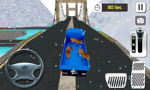 4x4的動物運輸車卡車