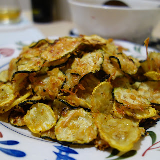 BAKED ZUCCHINI PARMESAN CHIPS