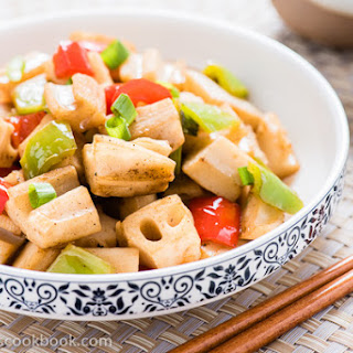 Stir Fried Lotus Root with Pepper