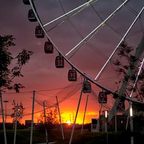 Sunshine and rays by Cristobal Garciaferro Rubio - City,  Street & Park  City Parks ( mexico, puebla, su, sunshine, rays )