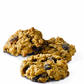 Oatmeal Raisin Cookies with Truvía® Baking Blend.