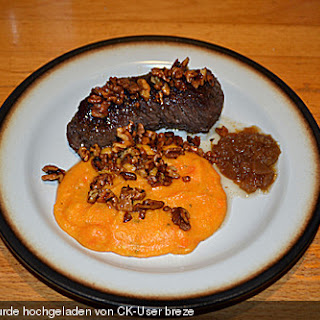Lammrücken mit Süßkartoffel - Polenta und Cranberry - Chutney