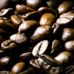 Coffee beans by Werner Booysen - Food & Drink Ingredients ( colour, color, coffee beans, beans, coffee, food photography, werner booysen,  )