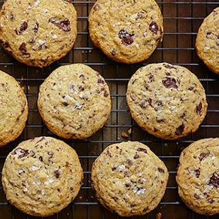 Crunchy Chocolate Chunk Cookies