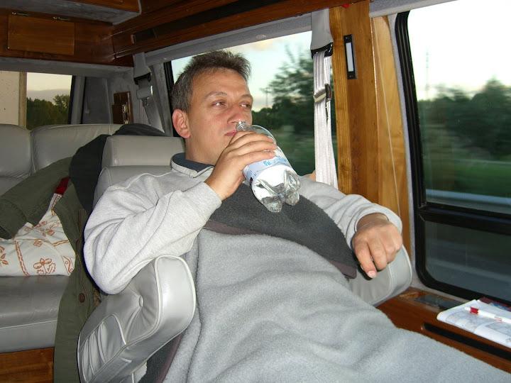 Vogelfluglinie bequem im Bus Chevy Van