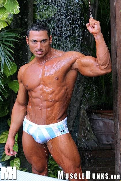 Hung muscle hunks