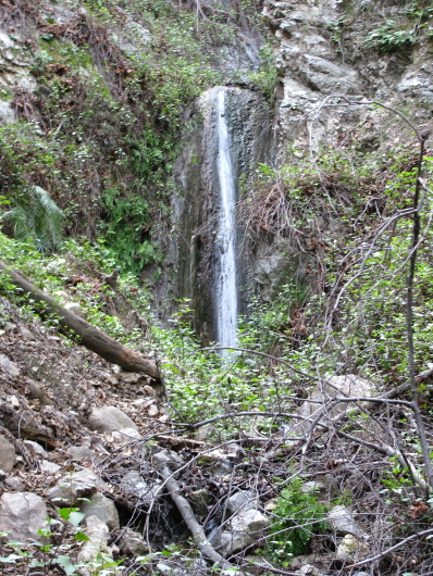 A tributary waterfall just off the trail.