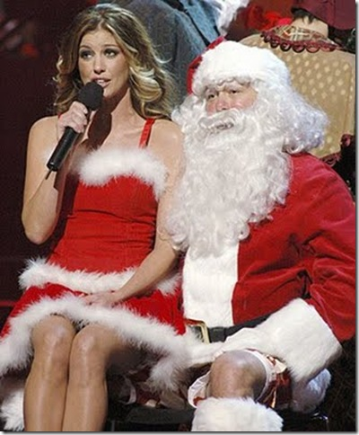 WOMANIZER: 25 Female Celebrities Dressed As Santa