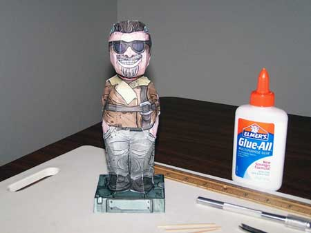 Borderlands Marcus Bobblehead Papercraft