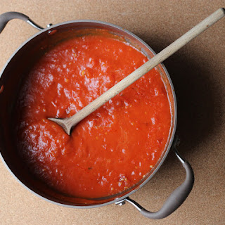 Classic Spaghetti with Buttery Tomato Sauce