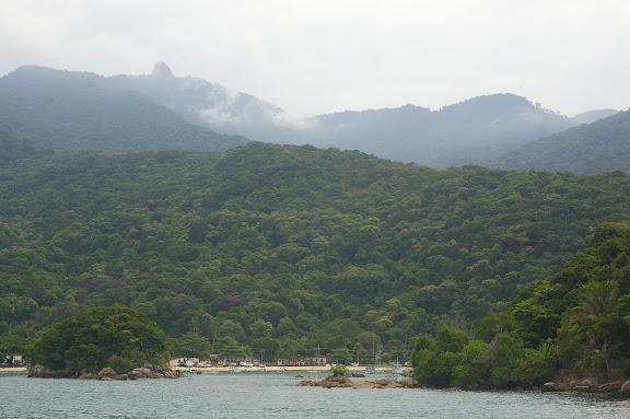 Abrâo et Ilha Grande (Rio de Janeiro, Brésil), 16 février 2011. Photo : J.-M. Gayman