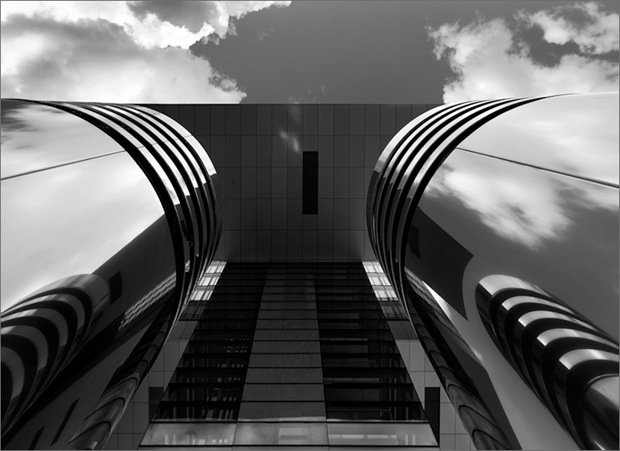 Black and White Architecture and Skyscraper photography