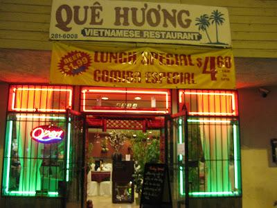 Que Huong Restaurant